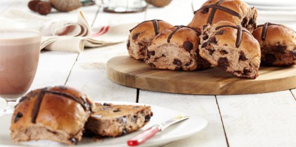 choc-cross-buns