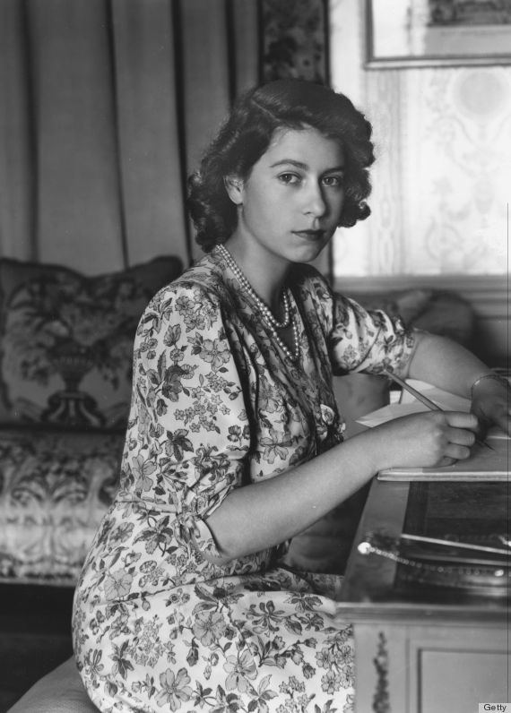 30th May 1944:  Queen Elizabeth II (as Princess Elizabeth) writing at her desk in Windsor Castle, Berkshire.  (Photo by Lisa Sheridan/Studio Lisa/Getty Images)